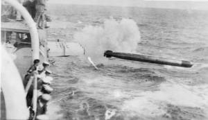 tn_Firing torpedo