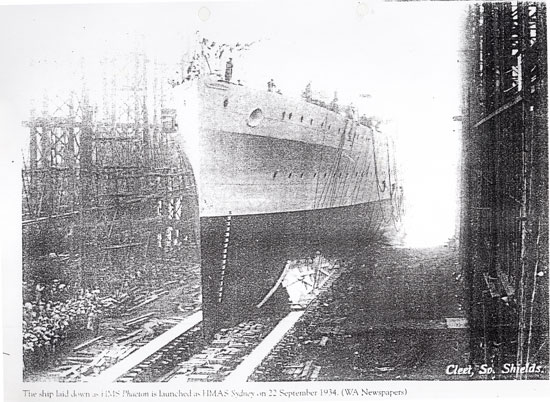 HMAS-sydney-II-launch